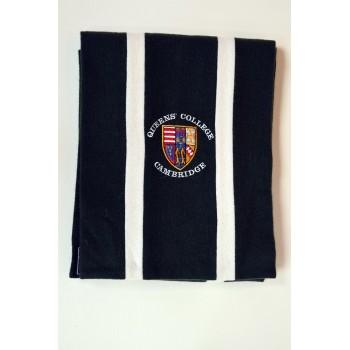 Queens scarf